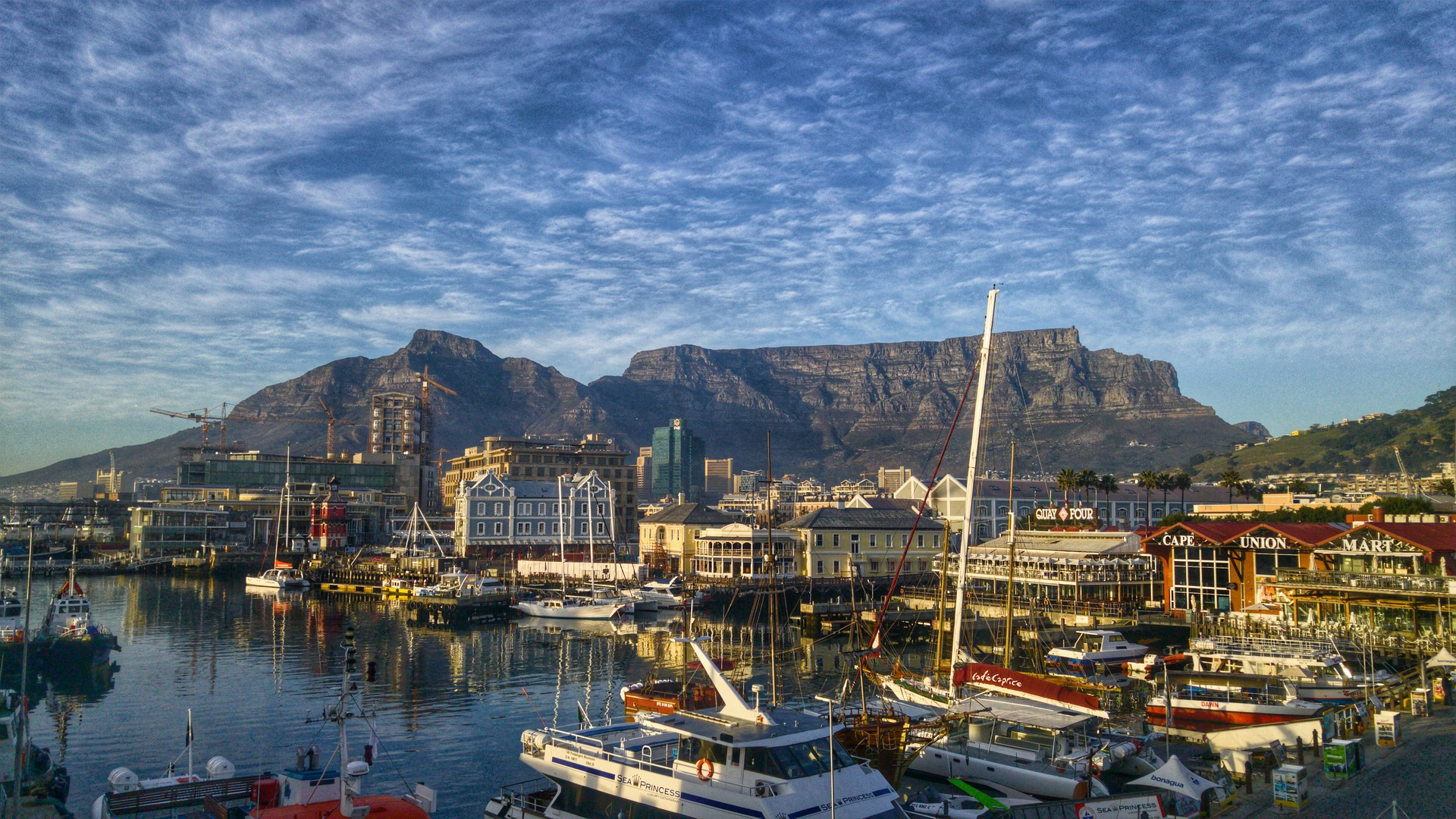 Cape Town and Cape Winelands Tour