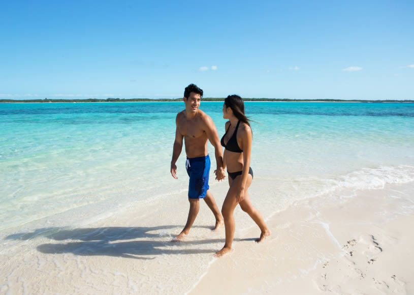 Stroll on the beaches of Mombasa