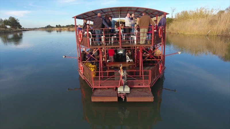 Cruise at the Orange River